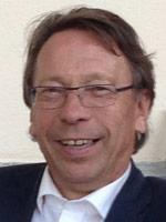 Klaus Uwe Benneter, Rechtsanwalt und Notar a.D. (Vorsitzender)